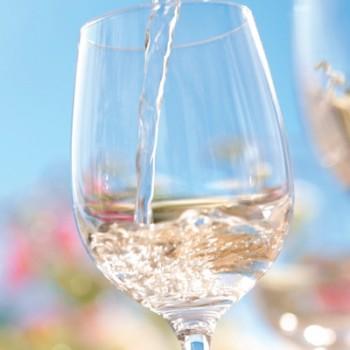hong-kong-white-wine