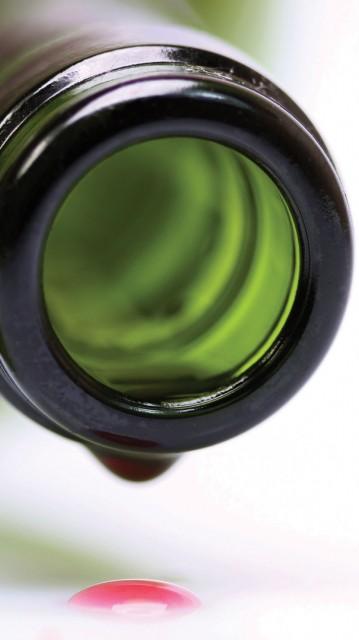bottle-opening-wine-drip