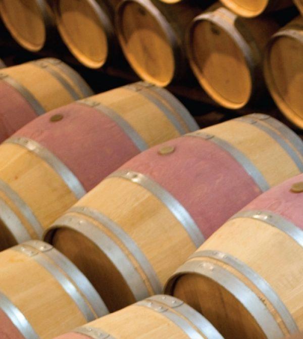 Bordeaux drags market down in 2013