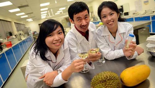 Taniasuri, Liu and Lee pose with their new wines. Credit: Joyce Fang