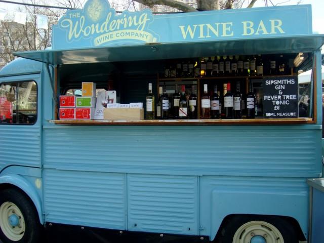 WONDERING WINE BAR_05
