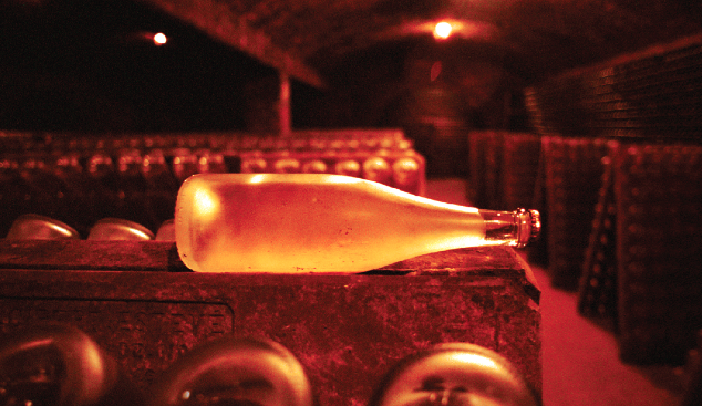 Champagne ageing