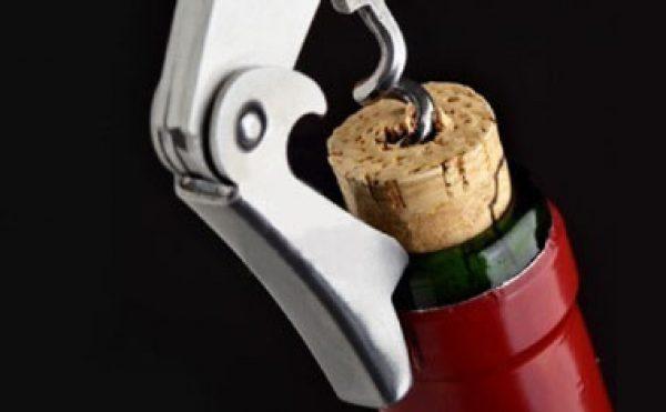 Man holds intruder at gunpoint after wine theft
