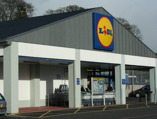 Lidl takes on London's wealthiest areas