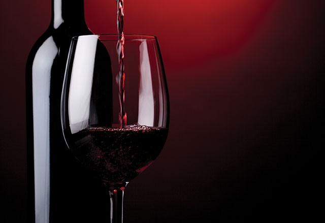 Fine-Wine-Bottle