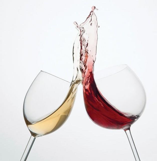 Wine-Glasses-Cheers