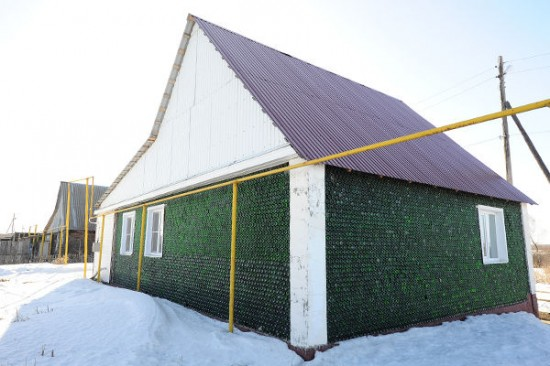 champagne-bottle-house7-550x366