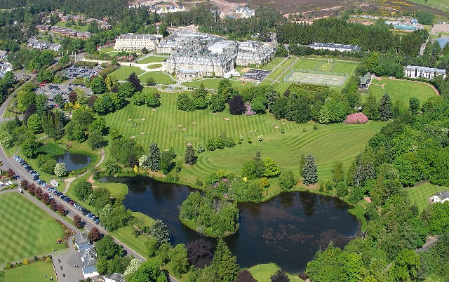 Gleneagles_Hotel_and_grounds