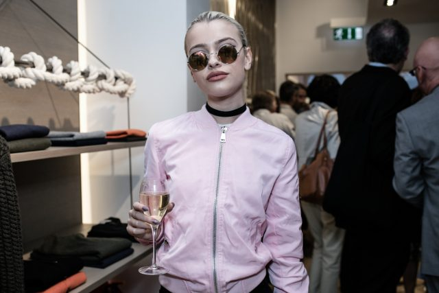 Pos_Rolling Stones Event_Alice Chater