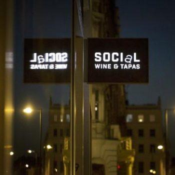 social-wine-tapas