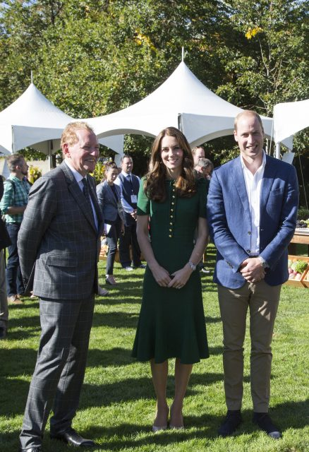 BRITISH COLUMBIA, CANADA - SEPTEMBER 27: Prince William and Kate, the Duke and Duchess of Cambridge, join Mission Hill Family Estate proprietor (L) Anthony von Mandl in the Okanagan Valley, British Columbia, Canada on Sept 27, 2016. (Photo by Phillip Chin/Getty Images for Von Mandl Family Estate)