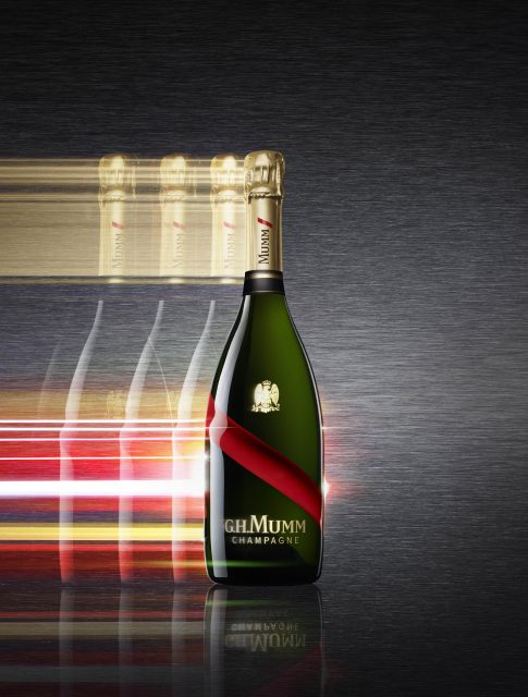 Champagne Mumm Grand Cordon key visual vertical