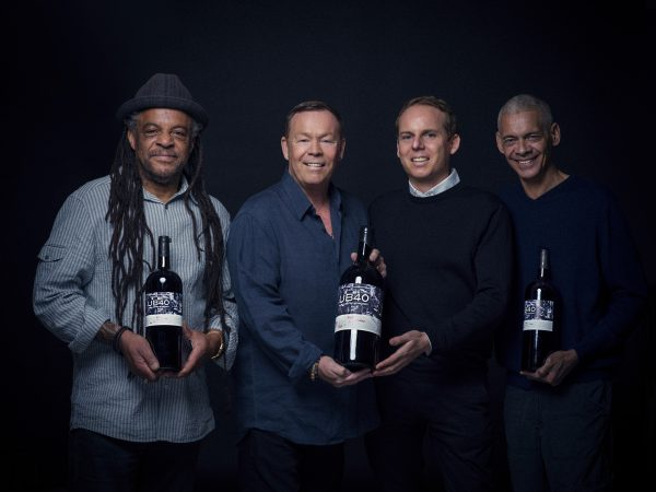 UB40 take 'Red Red Wine' to HK