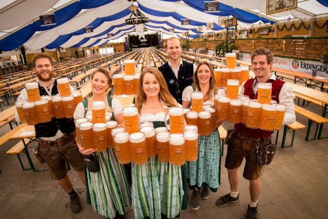 Oktoberfest 2019: Revellers tried to steal almost 100,000 glasses, but beer  sales fell - The Drinks Business