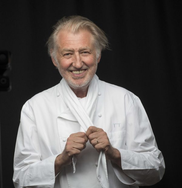 Pierre Gagnaire's two Michelin-star HK restaurant to close
