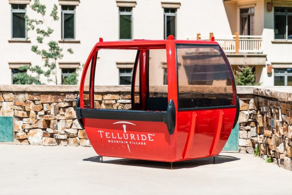 Old ski gondolas are being revamped as private dining rooms