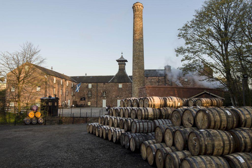 Airbnb stay distiller