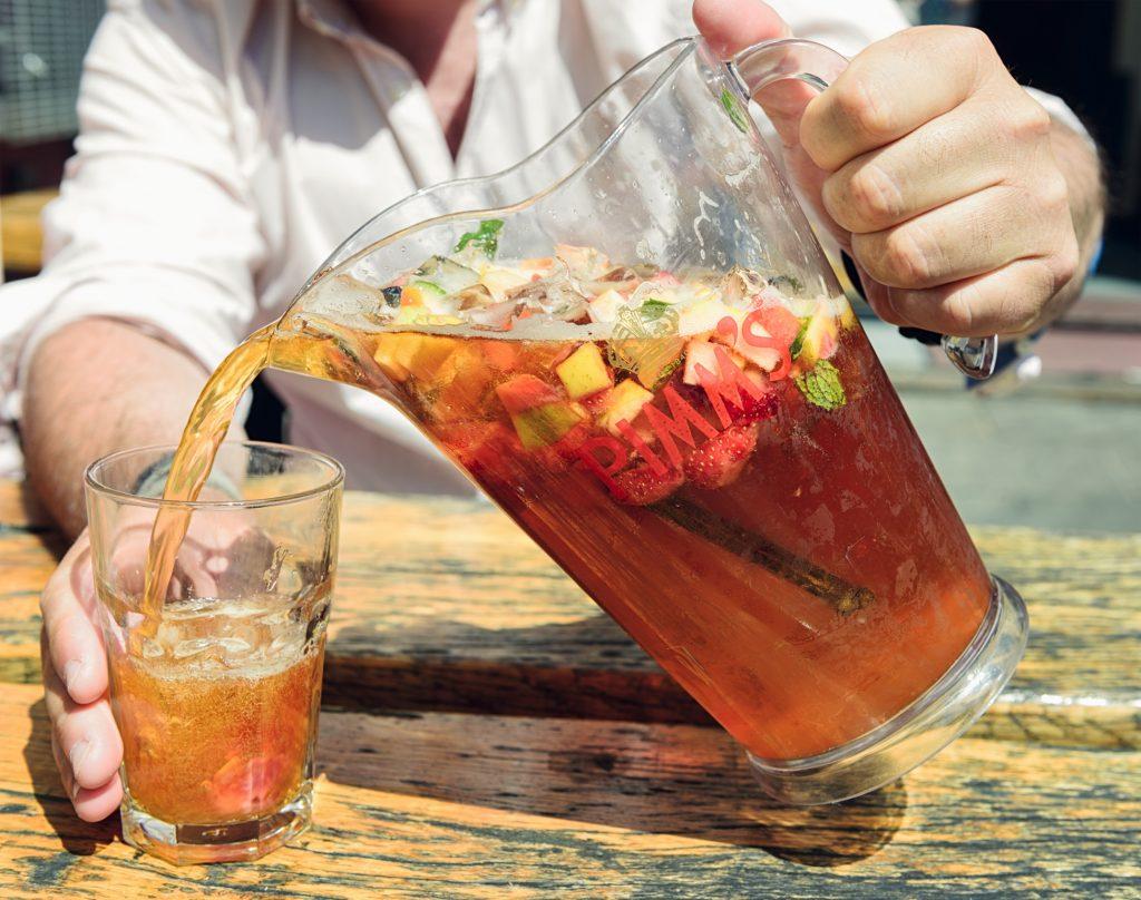 best cocktails: Pimms Cup