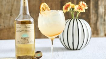 Diageo's net sales exceed estimates due to strong US demand
