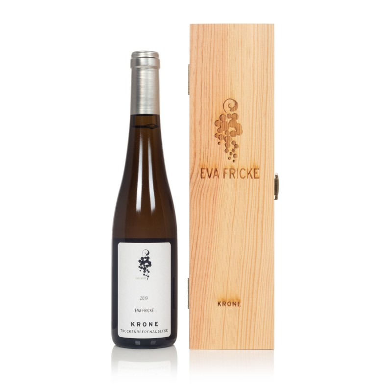 bottle of Lorcher Krone Riesling Trockenbeerenauslese: Germany's 100-point wine will be auctioned at Sotheby's for £3,000