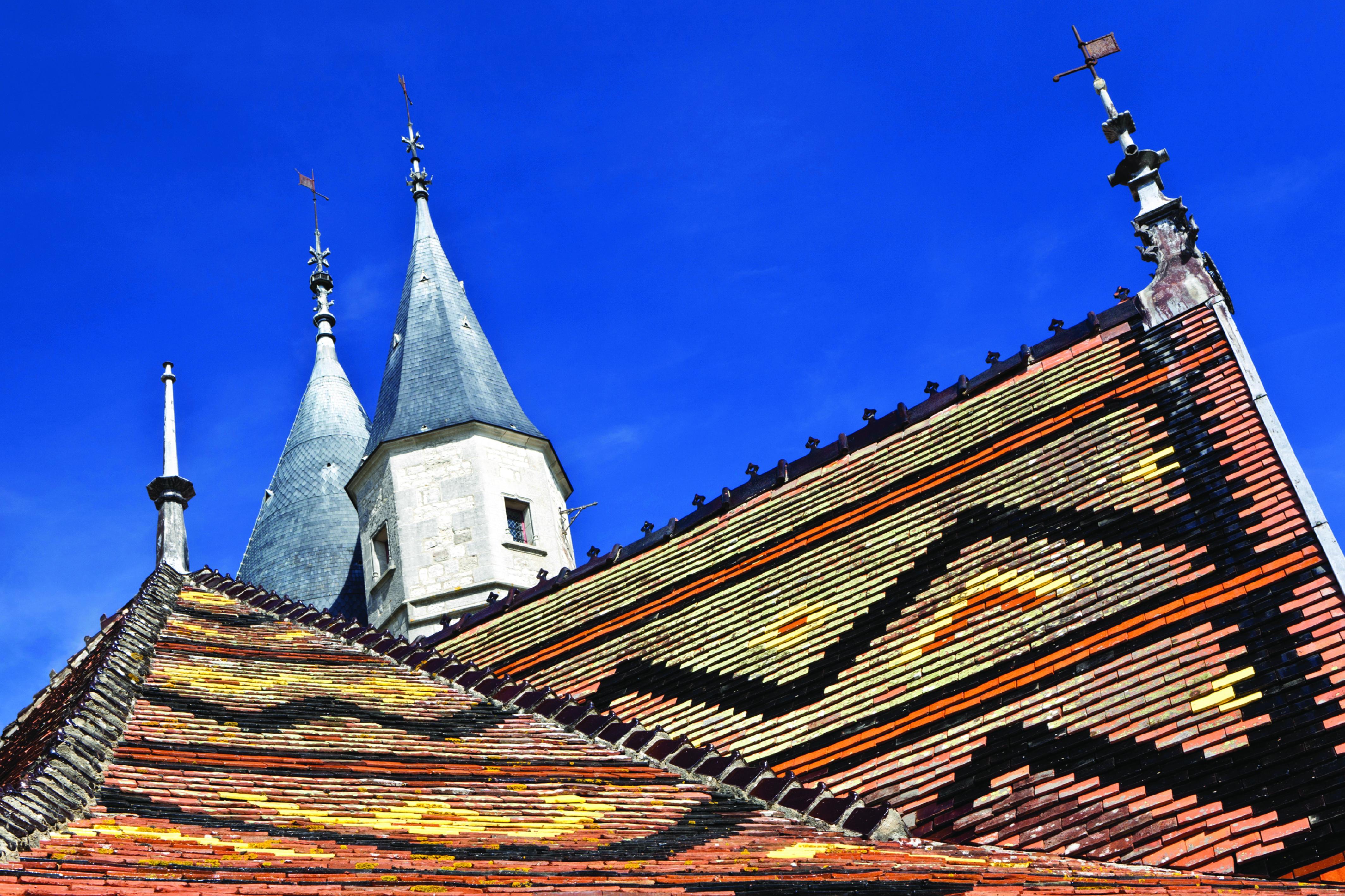 Castle in Burgundy dbhk mar 12