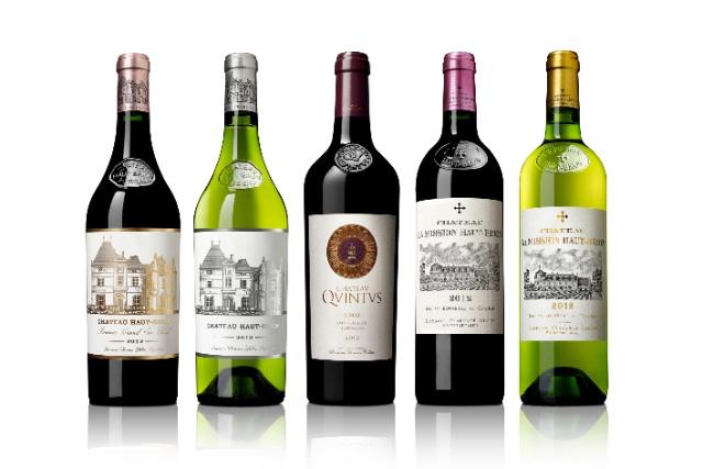 Bouteilles du mill+®sime 2012 des Grands Vins de Domaine Clarence Dillon ... copy