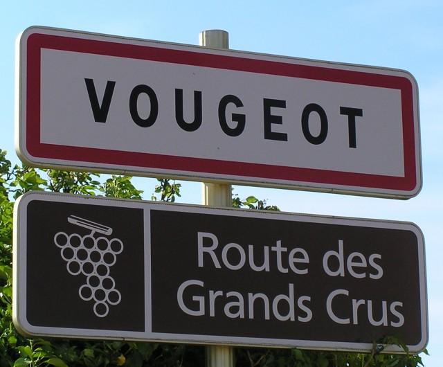 Vougeot_route_grand_cru