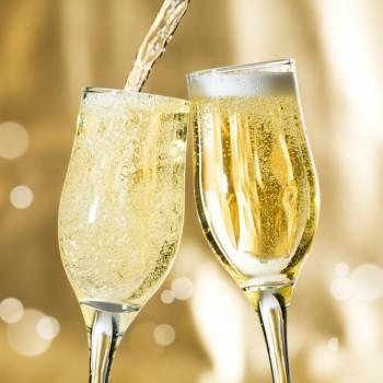 zevi-sparkling-wine