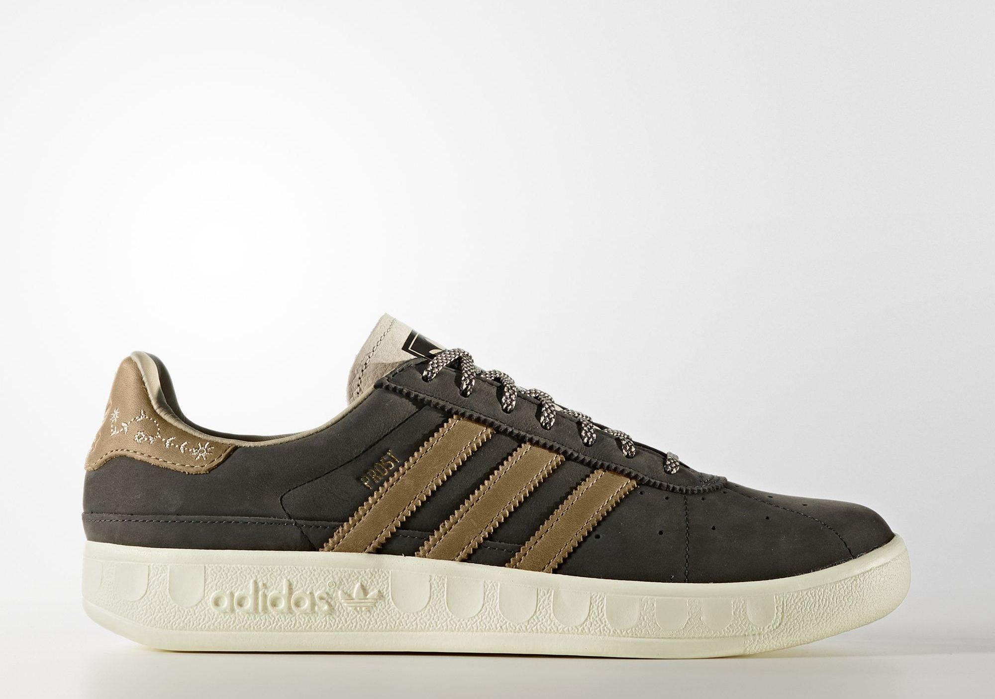 Canoa Mentalidad Árbol  Adidas releases £160 beer-repellent shoes